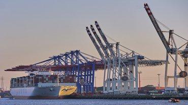 Hamburg Hafen Containerschiff